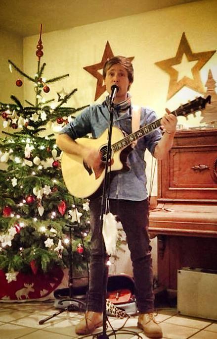 Weihnachtsfeier Heilbronn.Singer Songwriter Sebastian Niklaus Aus Karlsruhe Startseite